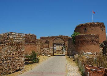 İznik Surları